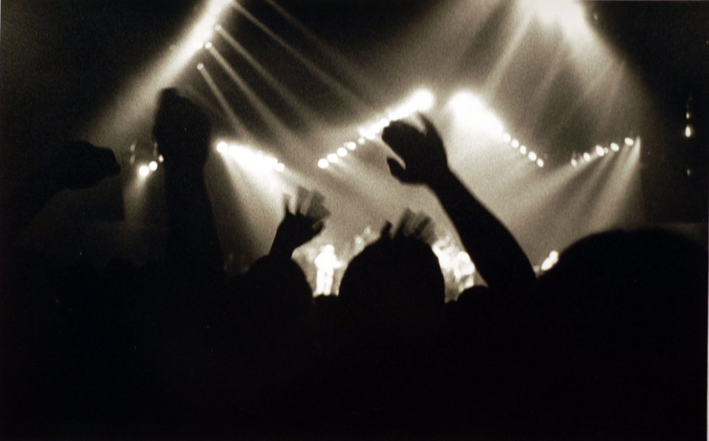 Cheering during the second set, Oakland, CA 1990