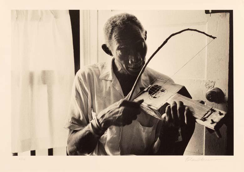 Cigar Box Fiddler Scott Dunbar, Mississippi